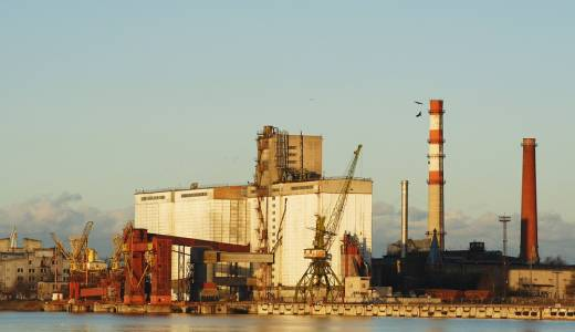 Economy Ministry: liquefied gas terminal must be built in Riga